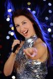 детеныши женщины петь Стоковые Фото