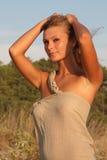 детеныши женщины пляжа красивейшие Стоковая Фотография