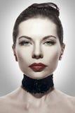 детеныши женщины портрета брюнет стилизованные Стоковое фото RF