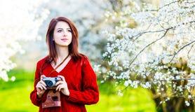 детеныши женщины портрета камеры стоковое изображение rf