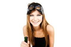 детеныши женщины портрета очарования бутылки Стоковое Фото