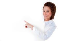 детеныши женщины пустой доски смеясь над Стоковые Изображения