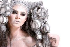 детеныши женщины состава стиля причёсок способа стоковое фото