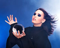 детеныши женщины шарика кристаллические Стоковое Изображение RF