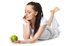 детеныши женщины яблока красивейшие стоковые изображения rf