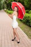 детеныши зонтика парка девушки Стоковые Фото