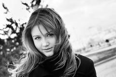 детеныши красивейшего портрета девушки напольного подростковые Стоковое Изображение