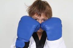 детеныши мальчика боксера Стоковое Изображение