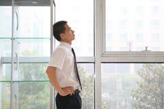 детеныши офиса бизнесмена Стоковое Изображение