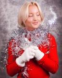 детеныши палочки портрета удерживания девушки счастливые Стоковое Изображение RF