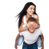 детеныши пар вскользь одежды счастливые Стоковая Фотография RF