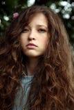 детеныши портрета волос девушки цветка Стоковые Фото