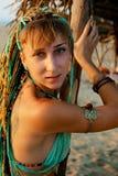 детеныши типа девушки пляжа этнические Стоковая Фотография