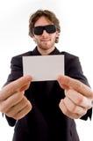 детеныши удерживания визитной карточки мыжские Стоковая Фотография RF