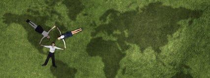 Дети в парке лета стоковое изображение rf