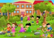 Дети играя в парке бесплатная иллюстрация
