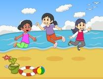 Дети играя на иллюстрации вектора шаржа пляжа Стоковое Изображение RF