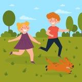 Дети играя с собакой в парке Мальчик и девушка бесплатная иллюстрация