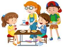 Дети имея еду на таблице иллюстрация штока