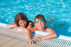 Дети на бассейне Стоковое Изображение RF