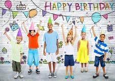 Дети на вечеринке по случаю дня рождения Стоковое Изображение RF