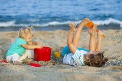 Дети на взморье Стоковые Фотографии RF