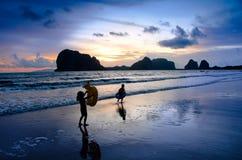 Дети на пляже Стоковое Изображение