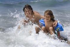 дети пляжа Стоковая Фотография