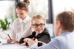 Дети работая в офисе Стоковое Фото