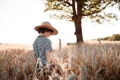 Детство в поле Стоковая Фотография RF