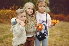 3 дет в парке осени Стоковые Фотографии RF