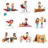 Деятельности при людей временени на пикнике, гриль или барбекю, человек и женщина сидя огнем, мальчик сооружая шатер, девушку иллюстрация вектора