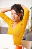 деятельность девушки компьютера предназначенная для подростков Стоковая Фотография RF