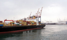 Деятельность контейнера в порте Стоковая Фотография RF