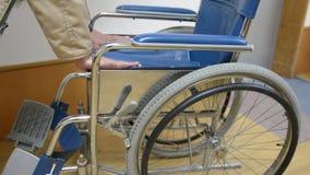 Деятельность кресло-коляскы сток-видео