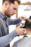 Деятельность парикмахера Стоковая Фотография