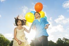 Деятельность при воздушного шара играя концепцию ребенка воссоздания смешную Стоковое Изображение RF