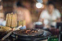 Делать из традиционных сигар и сигарет Мьянмы Стоковые Изображения RF