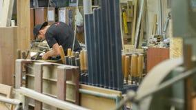 Делать палубы Longboard стоковые фото