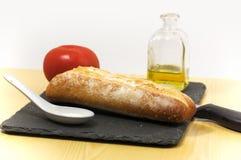 Делать сандвич томата с оливковым маслом Стоковые Фото