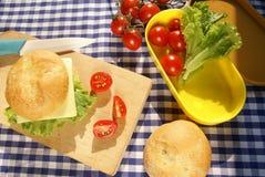 Делать сандвич Стоковые Фотографии RF