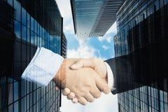 Дело или концепция дела согласования, двойная экспозиция рукопожатия, c Стоковое Изображение
