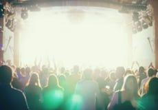 Де-сфокусированная толпа концерта Стоковое фото RF