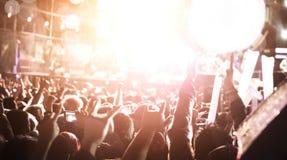 Де-сфокусированная толпа концерта Стоковое Изображение RF