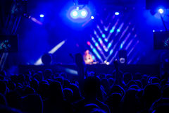 Де-сфокусированная толпа концерта Стоковое Изображение
