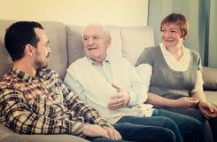Деды и беседа внука Стоковые Фотографии RF