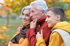 Деды и внук outdoors Стоковое Изображение