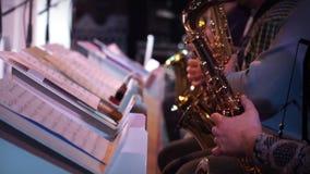 Джазовая музыка игрока саксофона акции видеоматериалы