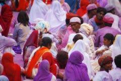 ДЖАЙПУР, ИНДИЯ - 17-ОЕ МАРТА: Люди предусматриванные в краске на festiv Holi Стоковая Фотография RF