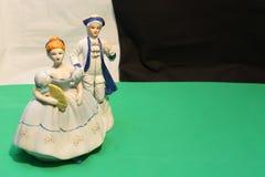 Джентльмен и дама скульптуры Стоковое Изображение